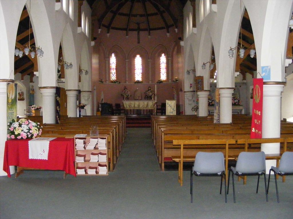 HOWDEN, Sacred Heart_Int 3