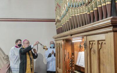 Bishop Marcus Blesses Beeston's New Organ